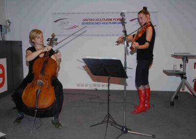 Koncert DUO CATCH POP STRING,| 14.11.2009